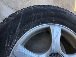Winter Tires 235/65 R17 on Alloy wheels