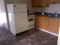 Newly renovated 2 BR on Hazlitt for Oct 1 all inclusive