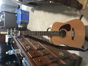Seagull S6, 6 string acoustic