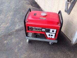 2500 watt Honda clone generator