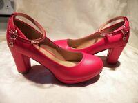 Women's high heels shoes / Souliers à talons hauts pour femme