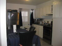 Urgent !!!!!! 3 1/2 for Rent from March 1st, 3 1/2 1er Mars....