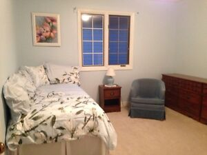 Room for Rent in Teachers' Executive Style Home