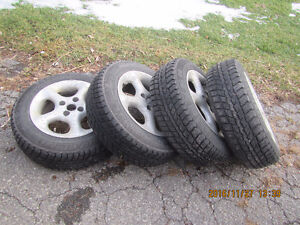 pnes hiver avec mags 4x100 toyota echo West Island Greater Montréal image 1