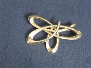 Huge Vintage Goldtone Brooch