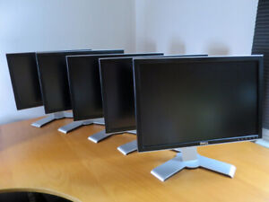 """Set of 5 Dell 2007WFP 20.1"""" LCD Monitors (S-IPS Panel)"""