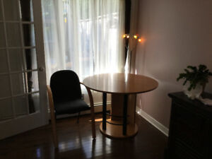 FOR SALE: Scandinavian Style dining room/kitchen table set