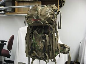 CAMO BADLANDS BACKPACK Regina Regina Area image 1