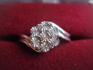 Sterling Silver Diamond Floral Ring