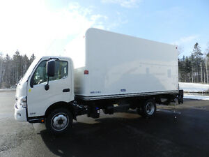 2014 HINO 195 5.1 DIESEL 16' FREIGHT BODY + POWER LIFT