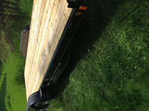 18' flat bed trailer
