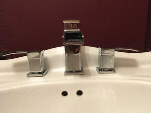 30 inch vanity sink with or without taps Cambridge Kitchener Area image 4