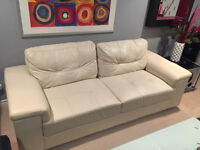 "WHITE ""LEATHER"" LOVESEAT"