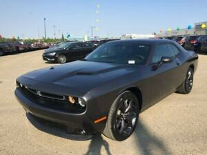 2017 Dodge Challenger SXT Plus  w/ Leather, Sunroof, Camera