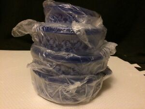 Tupperware blue country wave set
