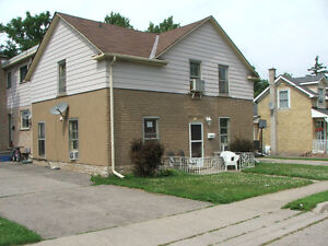 TWO BEDROOM - WEST GALT - MAIN FLOOR OF HOUSE