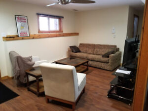 Fully furnished private master bedroom w/ pvt. bath in Golden BC