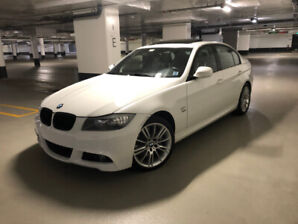 2010 BMW 335i xDrive M Sport Package (manual 6-speed)