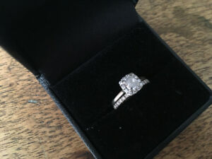 18KT white gold Diamond Engagement/Wedding Ring Set