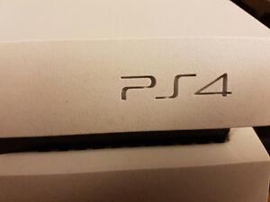 PS4 Limited Edition comes w games, Controllers, headset $450 OBO