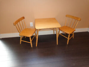 Wooden play table & two chairs ( 3-7) year olds