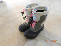 Girl size 1 North Face boots