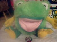puppet frogy