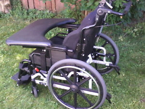 Manual  tilt wheelchair