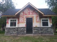Bricklayer stone mason