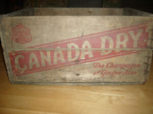 VINTAGE CANADA DRY (CAISSE DE BOIS)