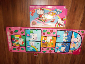 MARELLE HELLO KITTY HOPSCOTCH