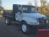 2005 International 4300 with plow & salter
