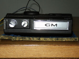 1971-72 GM TRUCK 8-TRACK/PLAYER