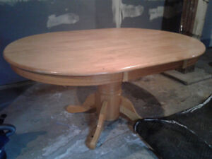 Wooden oval kitchen table and 6 x chairs