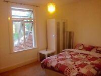 Large bright double room to let , all bills included,shared house fully renovated