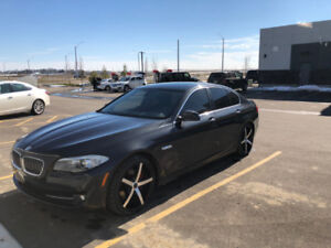 2013 BMW 528 I VERY LOW ON KMS