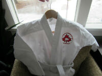 Gi - martial arts uniform - Youth Size 1
