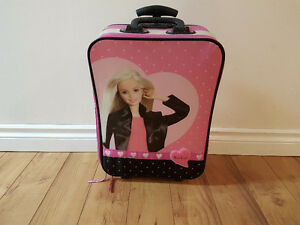 Barbie siutcase