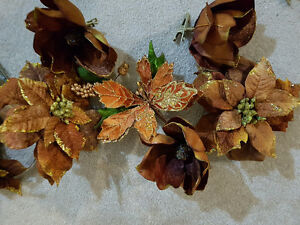 Beautiful Christmas decorations! Brown and gold! London Ontario image 7