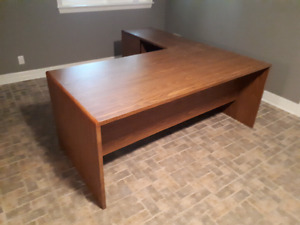 Large desk with extension