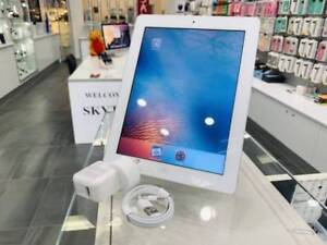 Original iPad 2 16gb wifi white tax invoice warranty Surfers Paradise Gold Coast City Preview