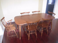 VILAS FURNITURE: table, chairs, hutch, coffee/end tables, lamps