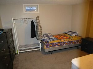 Executive 2 Bedroom Furnished Suite With All The Extras Regina Regina Area image 8