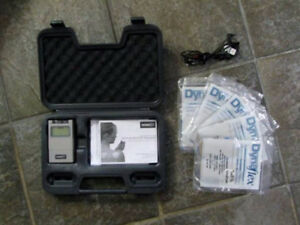 PHYSIO SD TENS & MUSCLE Stimulator with 5 sets of Electrodes