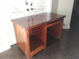 Solid wood desk (Oak)