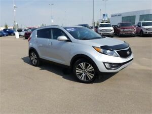 2016 Kia Sportage EX w/Luxury PkgAWD- Just in time for winter!,