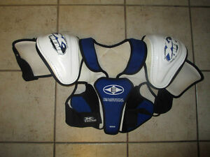 2 hockey chest/shoulder protector, youth size S and M, $ 15ea Kitchener / Waterloo Kitchener Area image 1