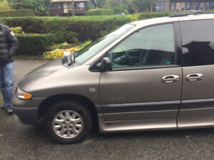 1999 Plymouth Grand Voyager Wheelchair Van