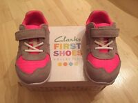 Clarks girl sport shoes trainers size UK6 F, eur 22.5. Brand new, never worn!!