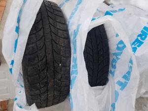 Pneus hiver 205/60R16 Unidirectionnels